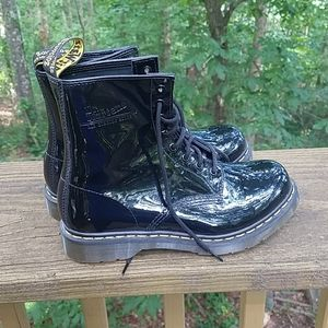 Dr Martens Air Cushioned Soles Black Boots